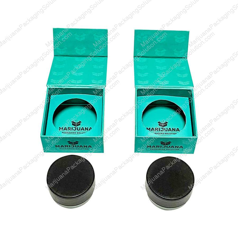 cannabis-concentrate-magnetic-closure-gift-box-pic