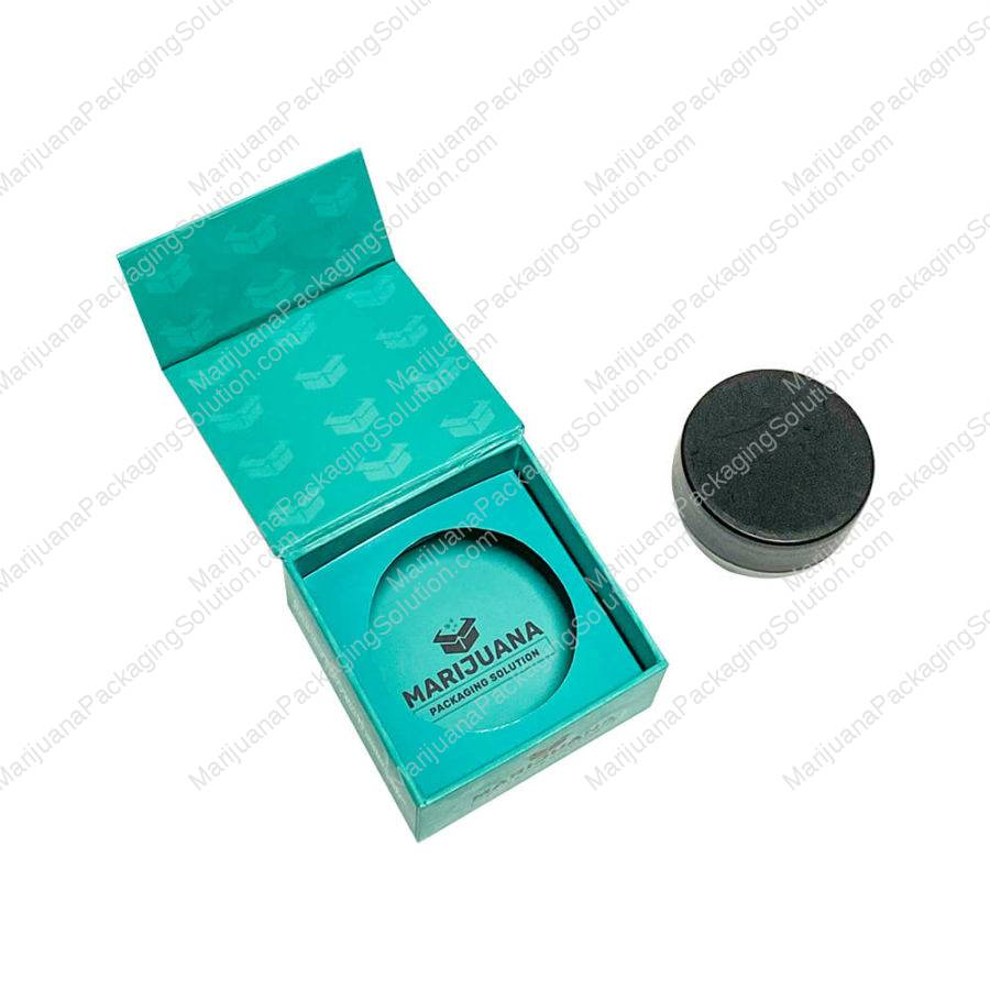 cardboard-magnetic-closure-gift-box-for-cannabis-extract-pic