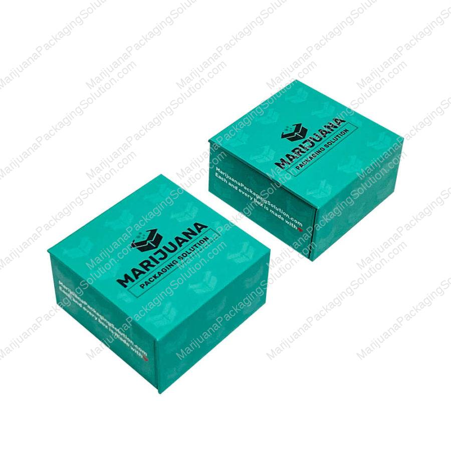 small-magnetic-gift-box-for-small-glass-jars-pic