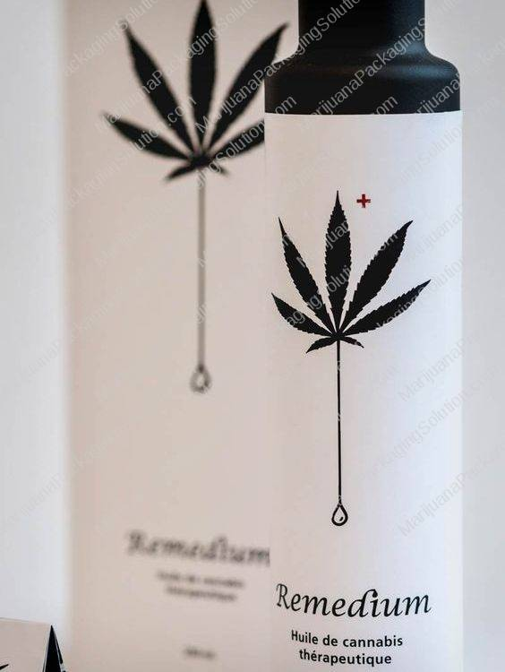 minimalism in marijuana packaging packaging design